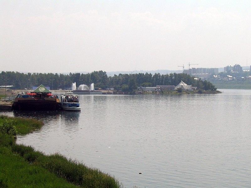 В Красноярском крае введён режим ЧС из-за разлива нефтепродуктов в Ангару