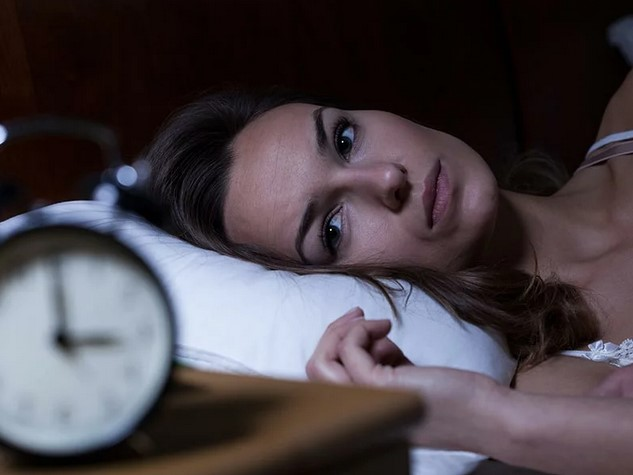 6 вредных привычек, которые вызывают бессонницу
