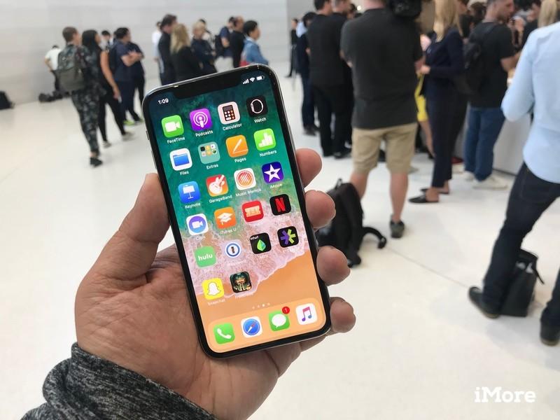 В России первую партию iPhone 12 и 12 Pro раскупили за три дня