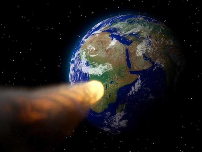 К нашей планете приближается астероид размером с холодильник