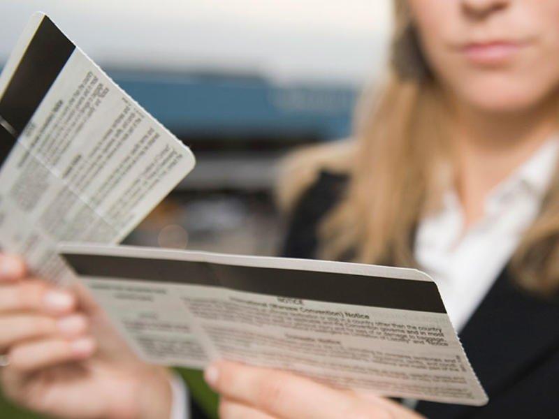 Россияне продолжают скупать билеты на несуществующие рейсы за границу
