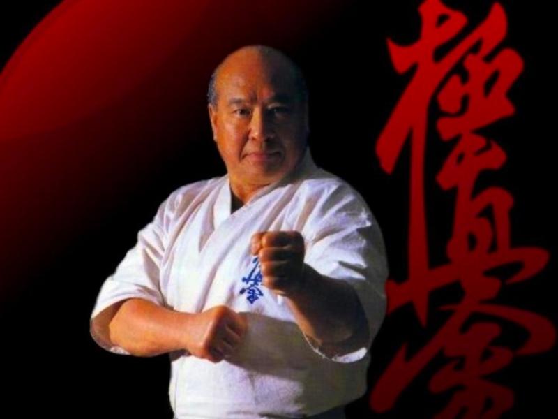 Масутацу Ояма – мог одним ударом положить быка на «лопатки»