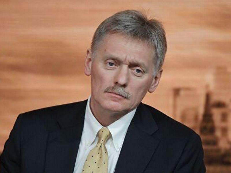 Песков прокомментировал снижение курса рубля