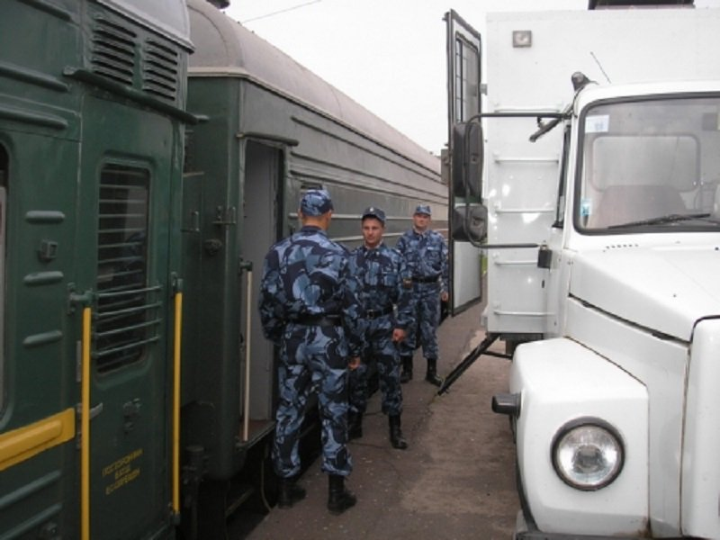 ФСИН сообщила об этапировании Ефремова в колонию