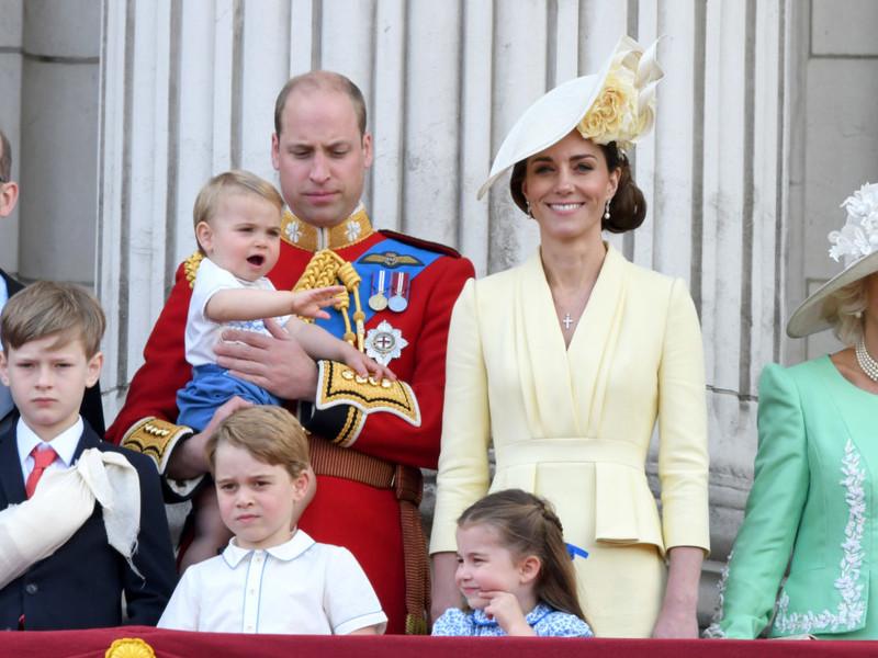 Новость о том, что принц Уильям дал положительный результат на COVID-19