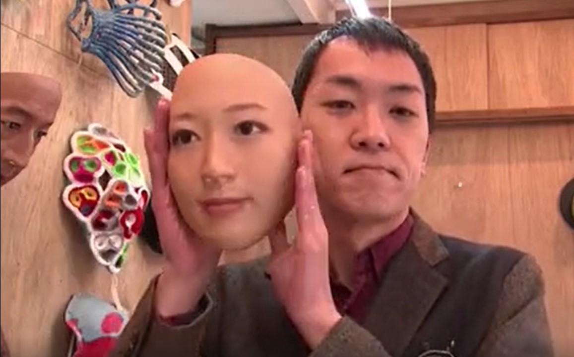 Чужое лицо - маски поступят в продажу в Японии