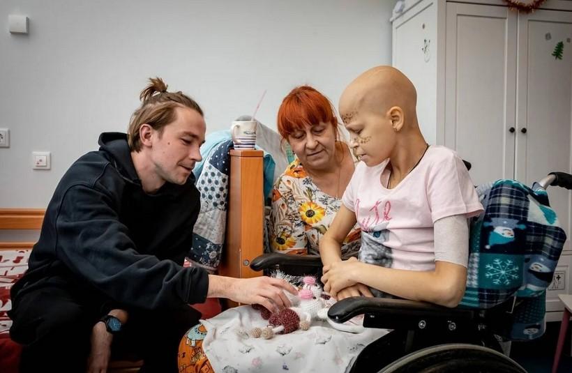 Александр Петров исполнил последнюю мечту неизлечимо больной девочки