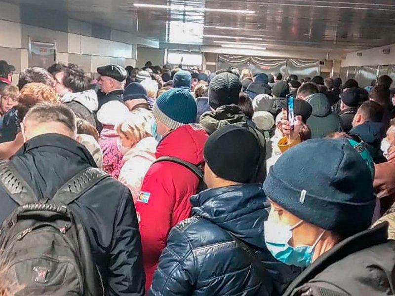 В Госдуме настаивают на введении COVID-паспортов в России