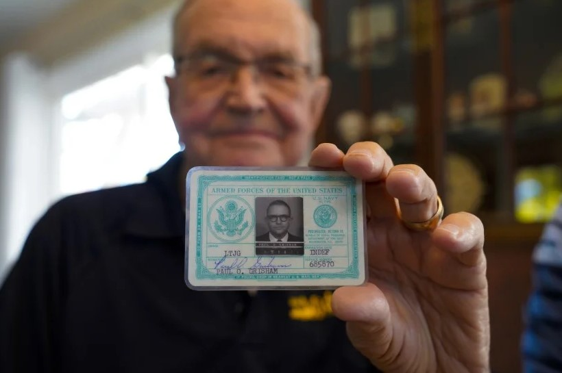 Утерянный 53 года назад в Антарктиде кошелек вернулся хозяину