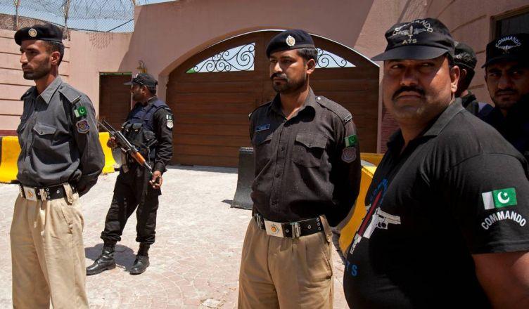 Полиция Пакистана требует ареста двух христиан за богохульство