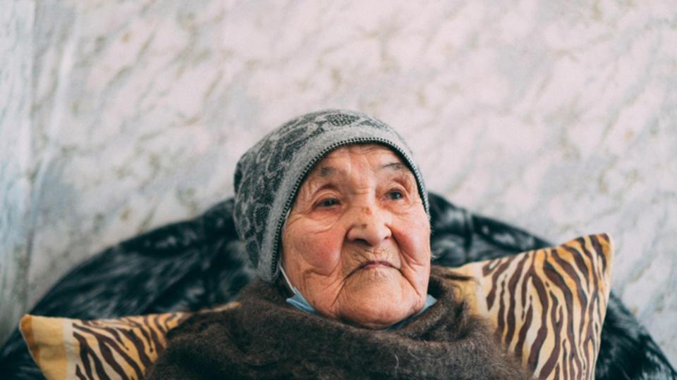 Россиянин запер 97-летнюю мать без еды на 6 дней
