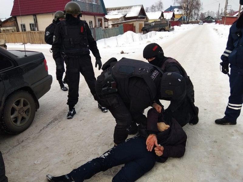 Задержаны подозреваемые в хищении восьми миллиардов рублей у Сбербанка