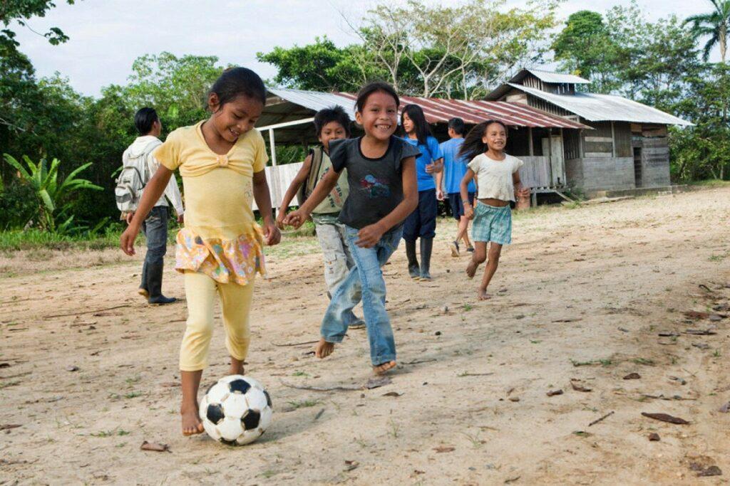 Странная деревня, где девочки превращаются в мальчиков