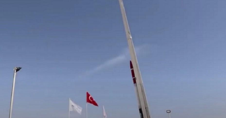 Турция разработала гибридную ракету для полета на Луну