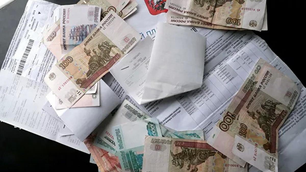 Медведев пообещал ускорить запрет на комиссию при оплате услуг ЖКХ