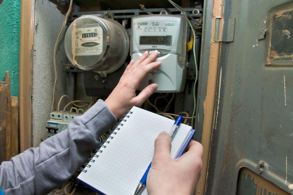 Россиян заставят оплачивать электричество за соседей