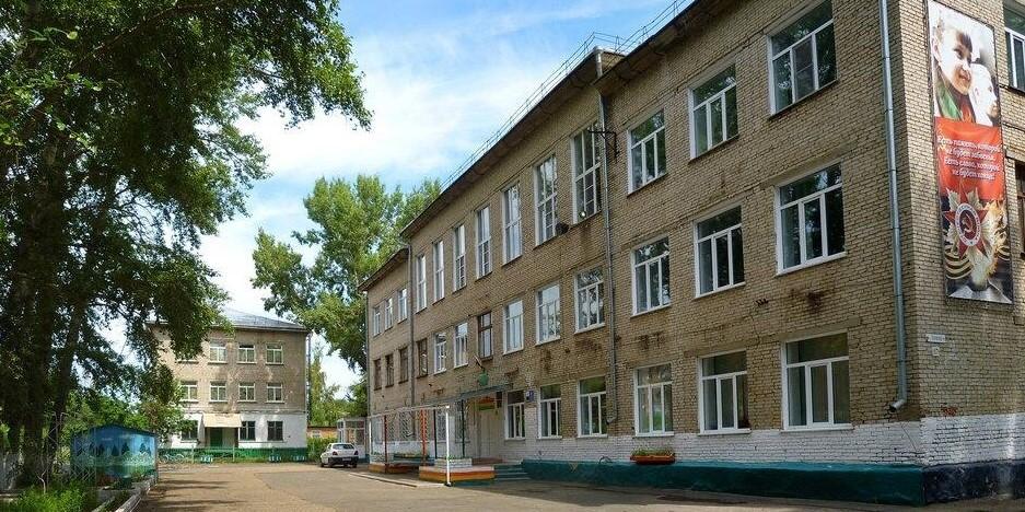 Пятиклассница из Рубцовского лицея скончалась после разговора с завучем
