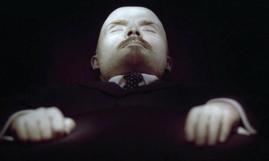 В Госдуму внесли предложение захоронить Ленина