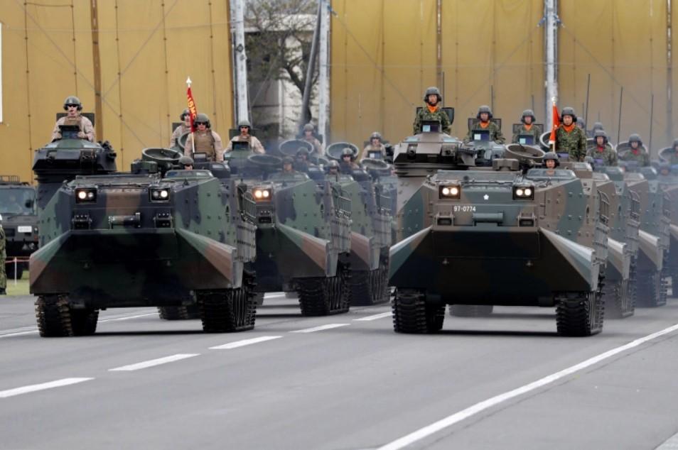 Япония проведет первые совместные «военные игры» с США и Францией