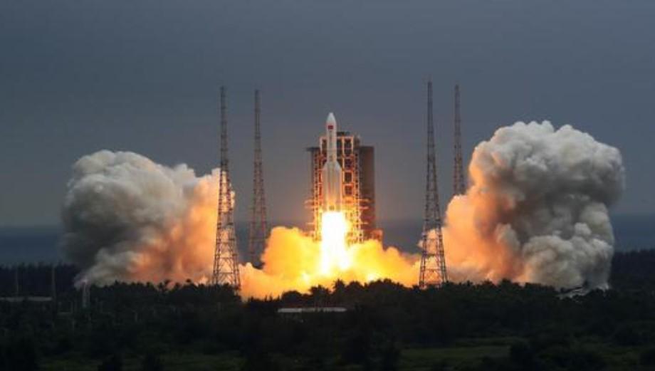 Китай запустил основной модуль своей будущей орбитальной станции
