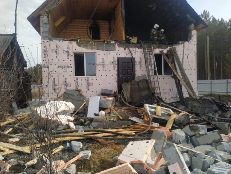 В Свердловской области на пожаре погиб огнеборец