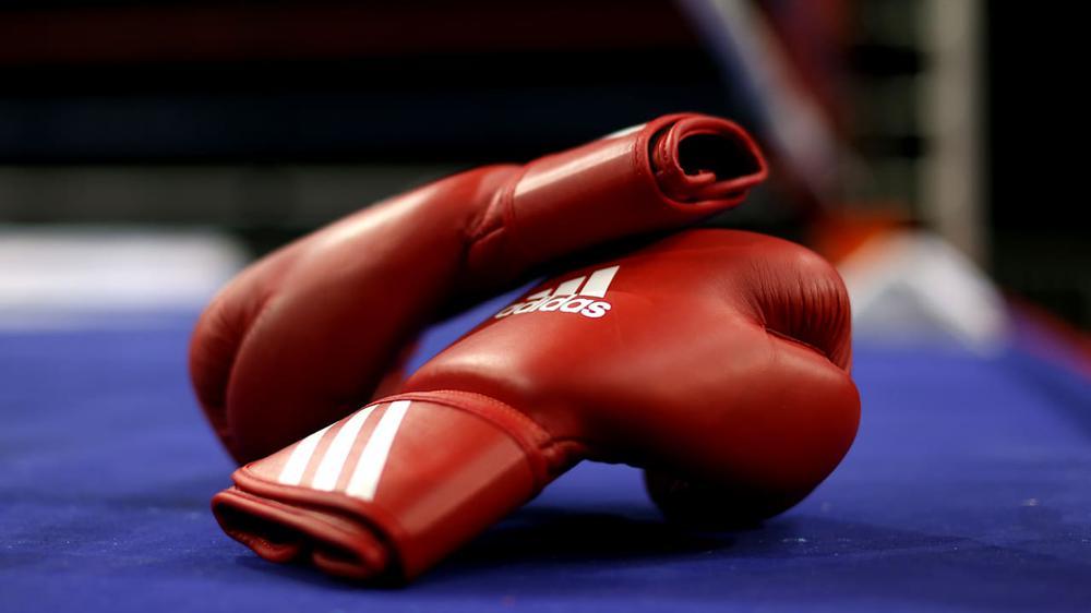 Тренер по боксу в Подмосковье избил подростка и его отца