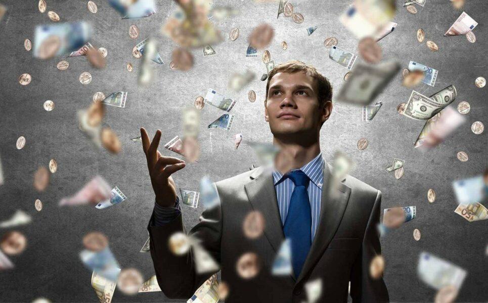 Россиянин стал миллионером из-за ошибки банка