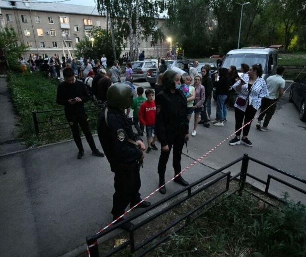 Раненая во время стрельбы в Екатеринбурге девочка отключена от ИВЛ