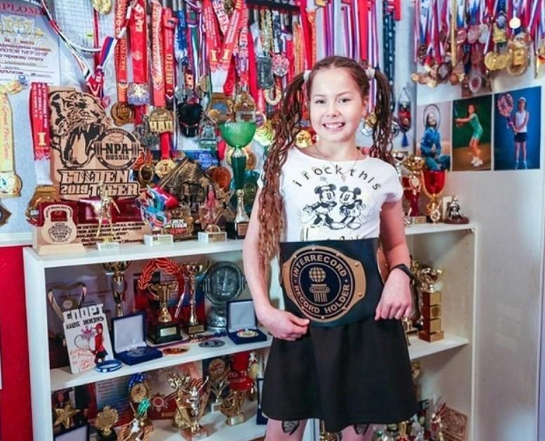 Российская школьница установила мировой рекорд рекордов