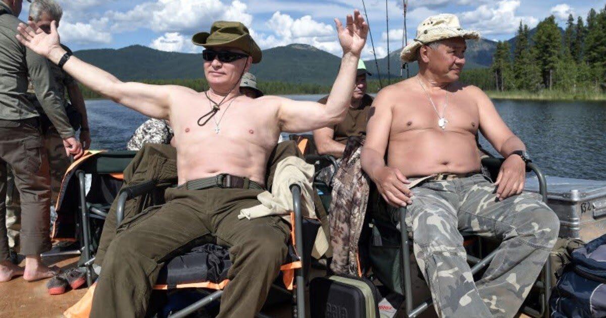 Шойгу загадочно рассказал об отношениях с Путиным
