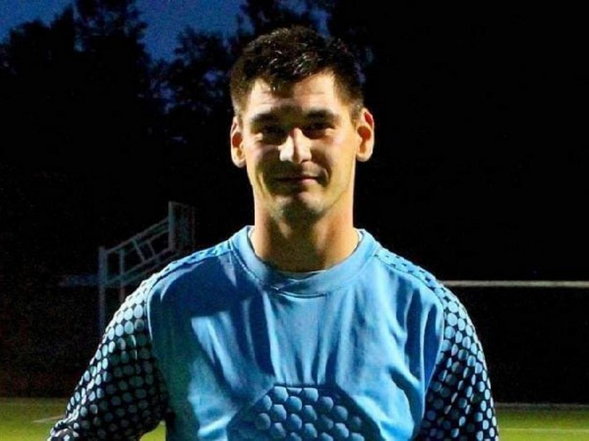 Прямо во время матча погиб вратарь «Красной звезды» Шишмарев