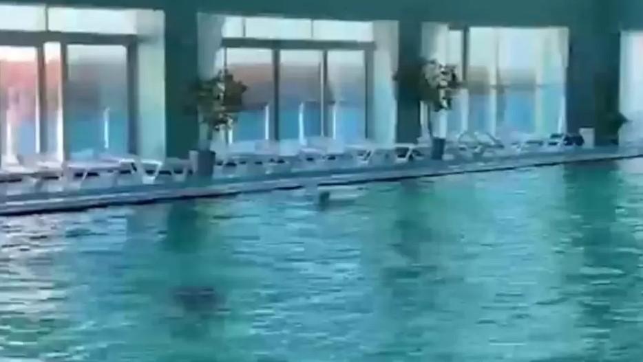 Астраханку засосал неисправный насос в бассейне