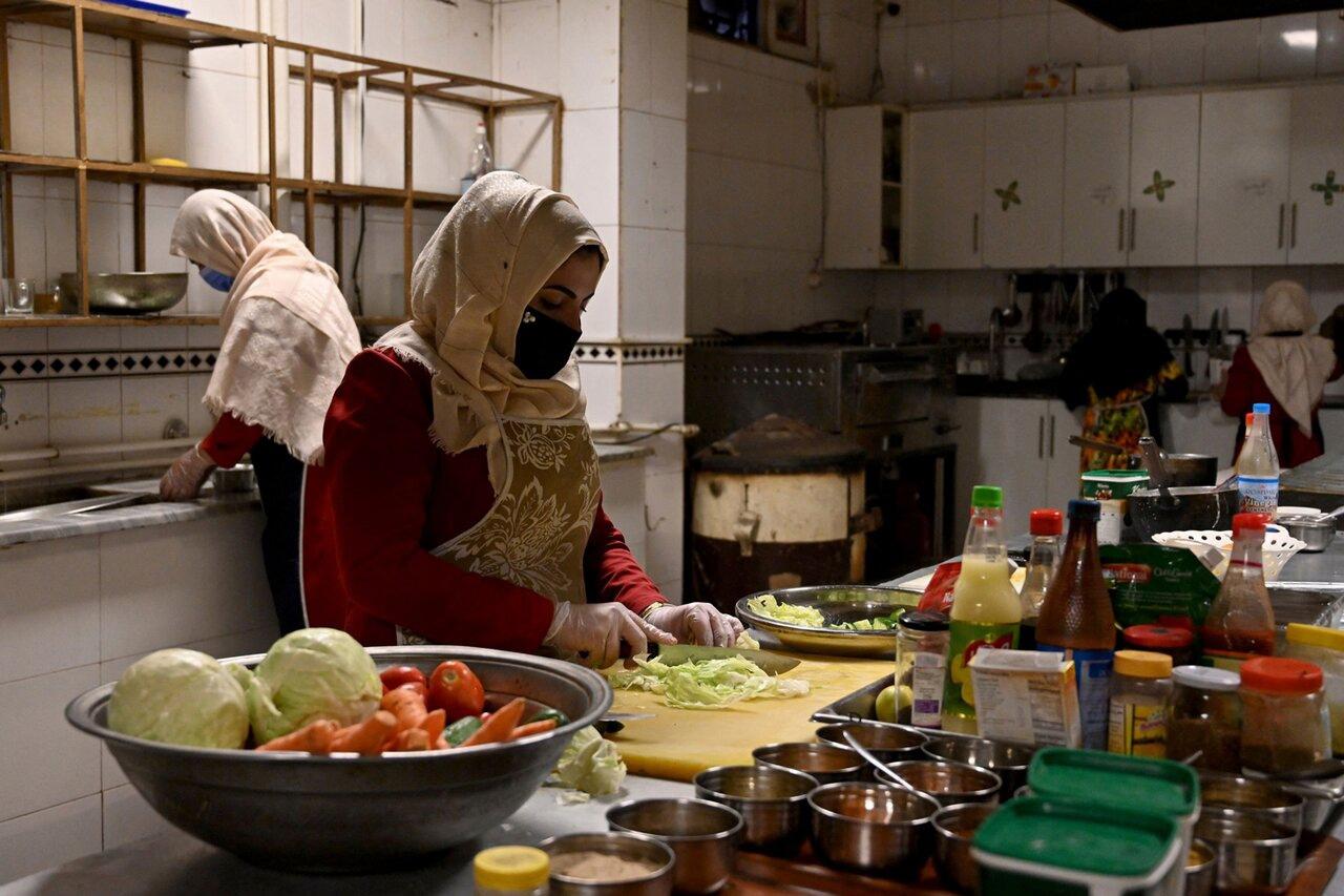 Талибы сожгли молодую женщину из-за невкусного обеда