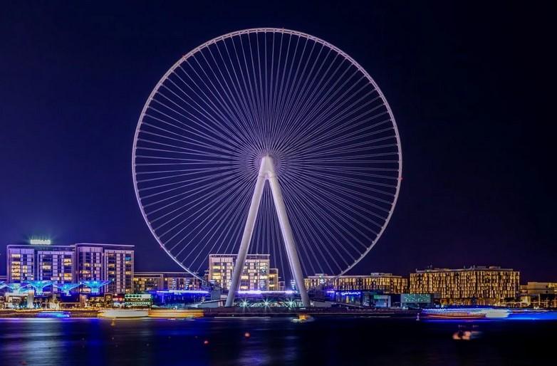 Самое высокое в мире колесо обозрения открылось в Дубае