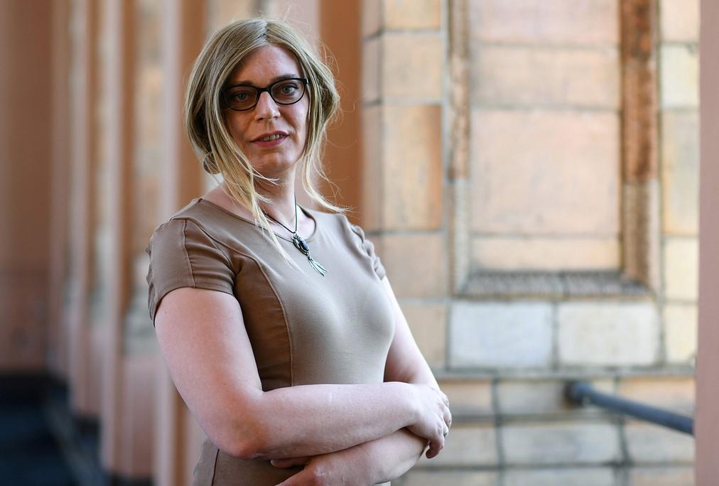 В Германии впервые избрана в бундестаг женщина-трансгендер