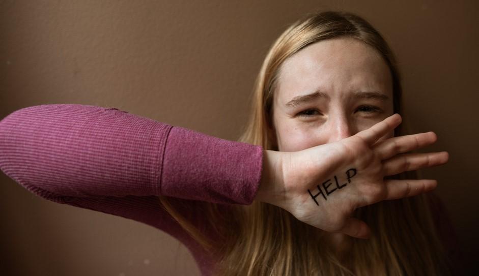 Госдума готова ужесточить наказание за изнасилование несовершеннолетних