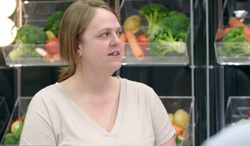 Страх перед овощами заставил женщину питаться чипсами